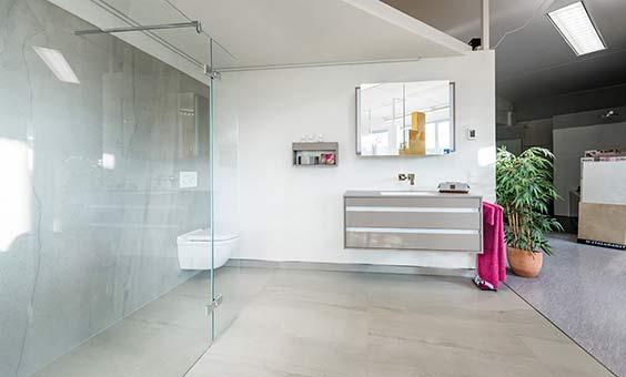 badsanierung aus einer hand gut geplant und umgesetzt. Black Bedroom Furniture Sets. Home Design Ideas